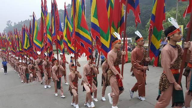 Hình ảnh nghi thức lễ hội trong ngày giỗ tổ Hùng Vương