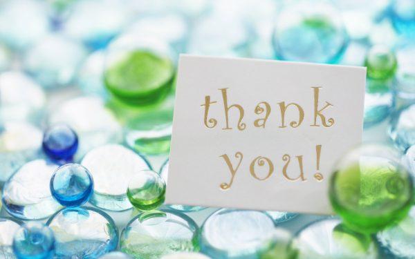 Hình ảnh cảm ơn trong silide Powerpoint thuyết trình - những viên ngọc xanh