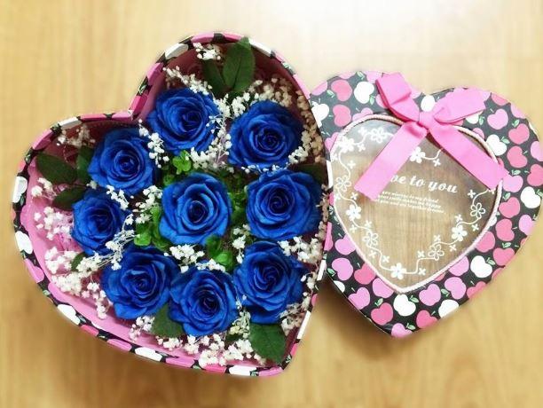Hình ảnh hộp quà hoa hồng xanh đẹp nhất