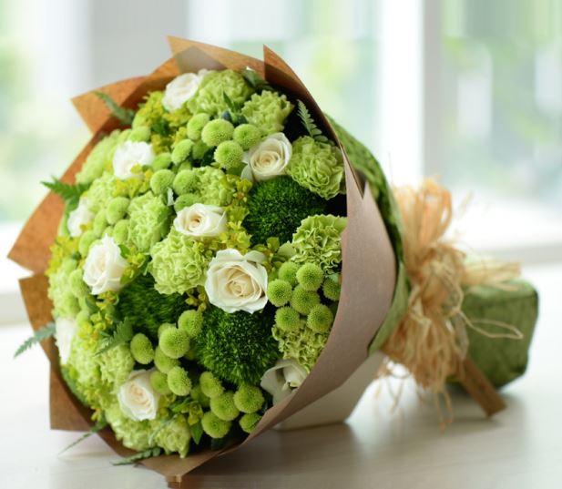 Hình ảnh bó hoa hồng xanh lá cây đẹp
