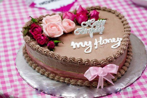 Hình ảnh bánh sinh nhật hình trái tim