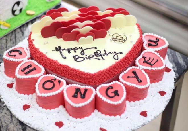Ảnh bánh sinh nhật hình trái tim đẹp độc đáo