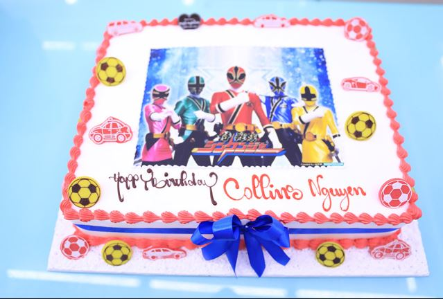 Hình ảnh bánh sinh nhật siêu nhân dễ thương cho bé trai đẹp nhất