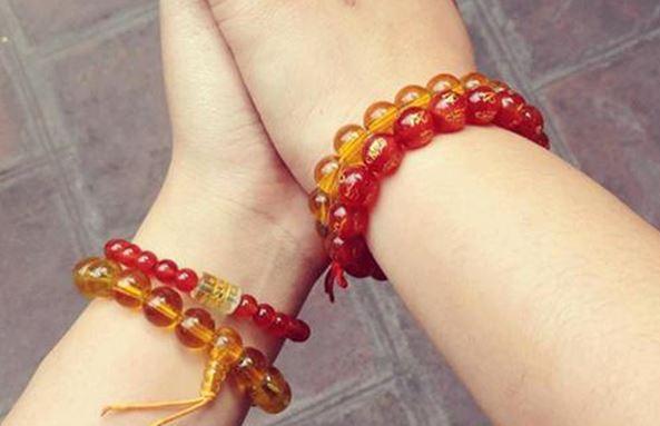 Không chỉ là một món trang sức làm đẹp, vòng đeo tay phong thủy còn có thể mang lại cho người sở hữu may mắn trong cuộc sống
