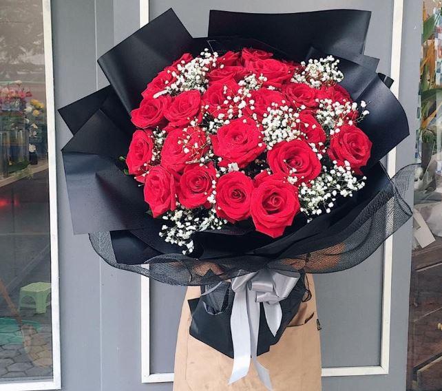 Ngày Valentine không thể thiếu hoa hồng